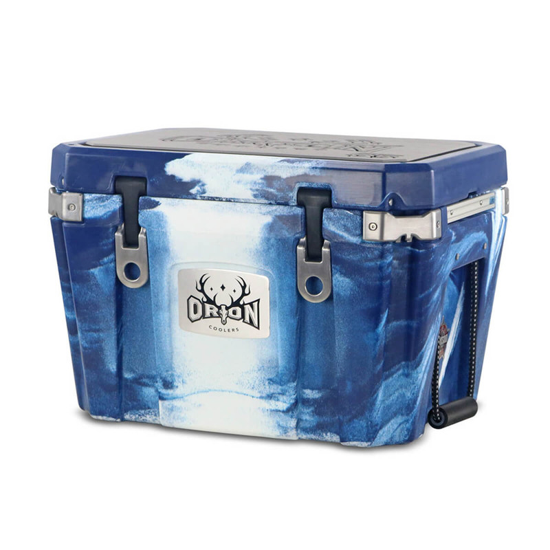 Orion 35 Cooler in Navy White Color