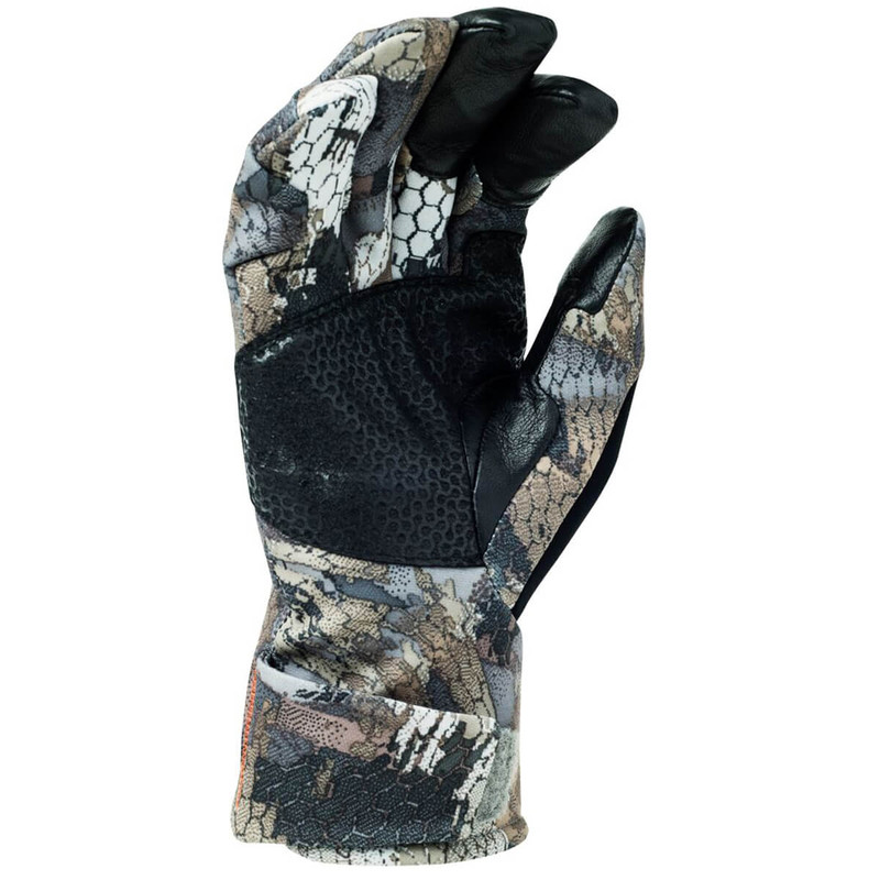 Sitka Pantanal GTX Glove in Waterfowl Timber Color