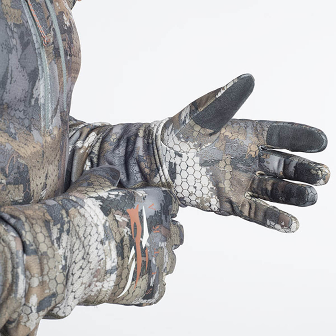 Sitka Gradient Gloves in Waterfowl Timber Color
